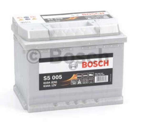 Batteria per auto BOSCH