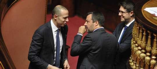 """La Lega è """"pronta a tutto"""". Fissato l'incontro tra Salvini e Berlusconi"""