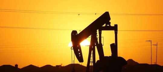 La mossa di Riad per far risalire il prezzo del petrolio (ai minimi da 7 mesi)