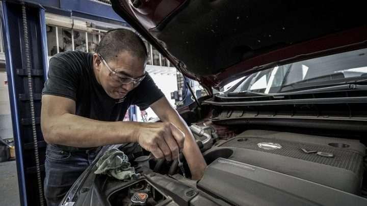 L'olio motore: come scegliere e come cambiare
