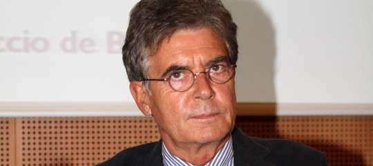 """""""Sugli immigrati la sinistra si è sfracellata"""", dice l'ex ministro Claudio Martelli"""