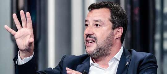 Un giornalista Rai ha invitato Salvini a suicidarsi